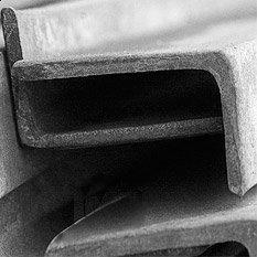 На складах уголок неравнополочный обычно не залеживается