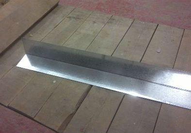 Оцинкованный уголок редко залеживается на складах металла