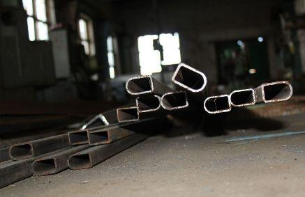 Полуовальная труба найдется далеко не на каждом складе металлопроката