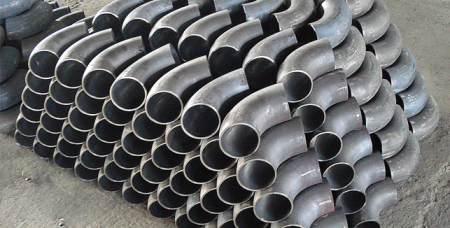 Стальные отводы незаменимы при монтаже трубопровода