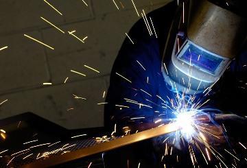 Газовая резка металла должна проводиться с соблюдением техники безопасности