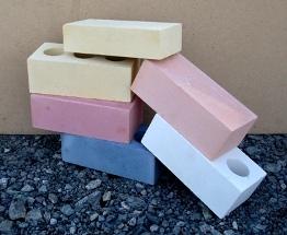 Облицовочный полуторный силикатный кирпич отличается повышенной экологичностью