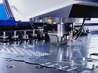 Пробивка отверстий в металле сегодня полностью автоматизирована